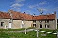 Logis de l'ancien prieuré Saint-Thibault de Juvigny-sur-Orne.jpg