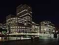 London MMB «B5 West India Quay and 1 Cabot Square.jpg