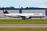 Lufthansa, D-AISK, Airbus A321-231 (16270700669) (2).jpg