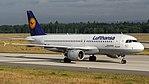 Lufthansa Airbus A320-200 (D-AIPL) at Frankfurt Airport (2).jpg