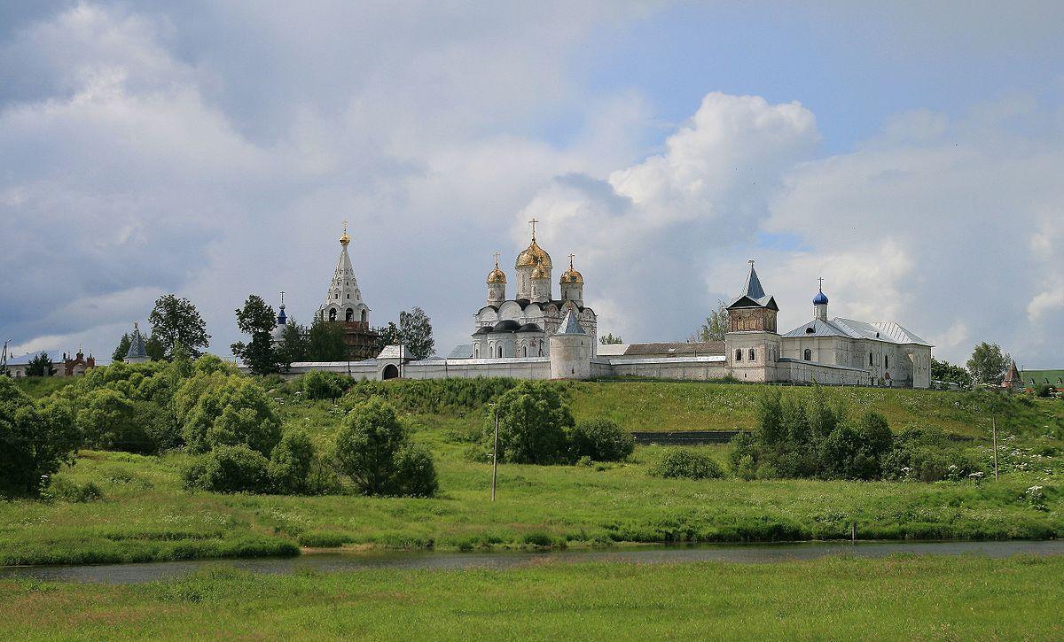 Картинки по запросу №9 Лужецкий монастырь и его древние надгробия