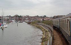 Lymington MMB 03 Harbour 421497.jpg