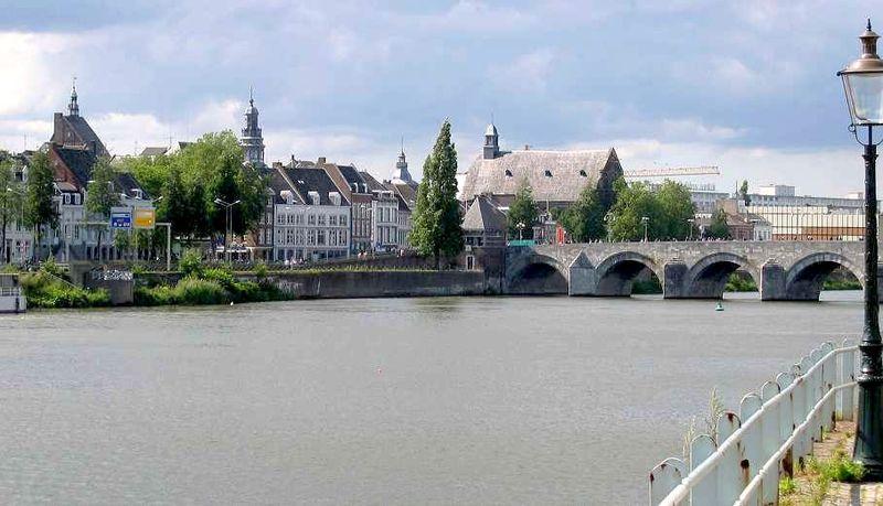 Fil:MaastrichtAltstadt.jpg