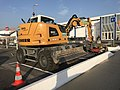 Machine de chantier au centre commercial Beynost II (Ain, France) - oct 2017 - 6.JPG