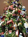 Macy's Christmas 2015 (23305906155).jpg