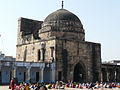Madrasa and mosque entrance, Jama Masjid, Jaunpur.jpg