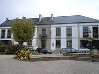 Mairie de Cléguérec.JPG