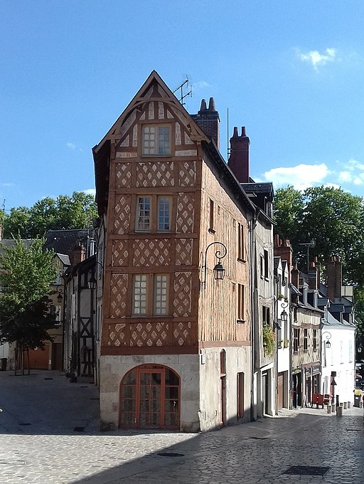 512px-Maisons_%C3%A0_colombages_Orleans.jpg