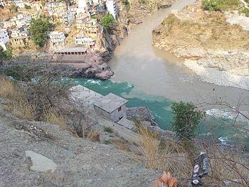 Mandakini Alaknanda confluence.jpg