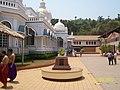 Mangeshi Mandir Courtyard - panoramio.jpg