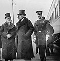 Middleton in-law Viscount Bryce (far left) beside Prince Arthur in top hat. 1911 copyright Library of Congress (2).jpg