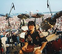 Mike at concert 1998.jpg