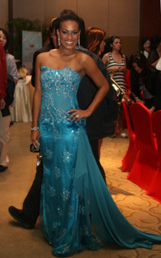 Vivian Burkhardt - Image: Miss Grenada 07 Vivian Burkhardt