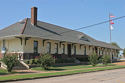 Missouri-Pacific Depot Newport, AR.JPG