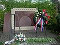 Monument 1940-1945 met de namen van 8 slachtoffers..JPG