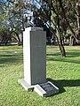 Monumento Sholem Aleijem en los Parques de Palermo.jpg