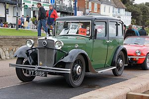 Morris Ten - Morris Ten 4-door 6-light saloon 1933