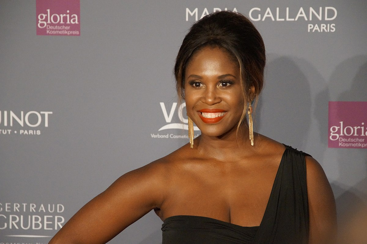motsi mabuse wikipedia. Black Bedroom Furniture Sets. Home Design Ideas