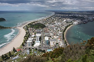 Mount Maunganui - The suburb viewed from Mauao