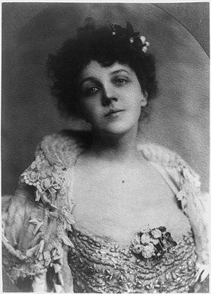 Mariette Leslie Cotton - Photographic portrait of Mariette Leslie Cotton taken by the Bain News Service (New York), circa 1900