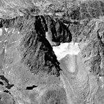 Mt Darwin, Glacial Remnant, 1972 (GLACIERS 1588).jpg