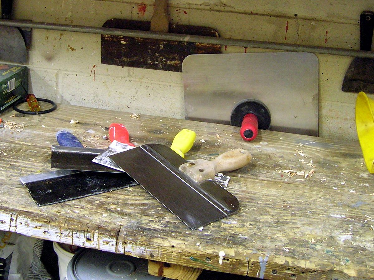 Taping Knife Wikipedia