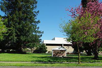Multnomah University - Northeast Portland campus
