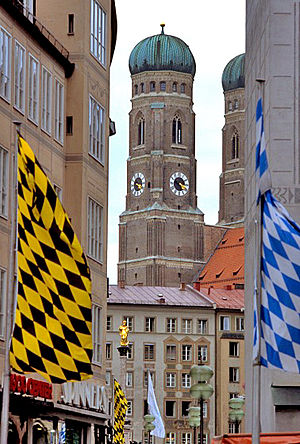 Mun flags frauenkirche