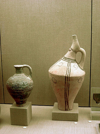 Pitcher (container) - Minoan terracotta ewers, about 2200 BC