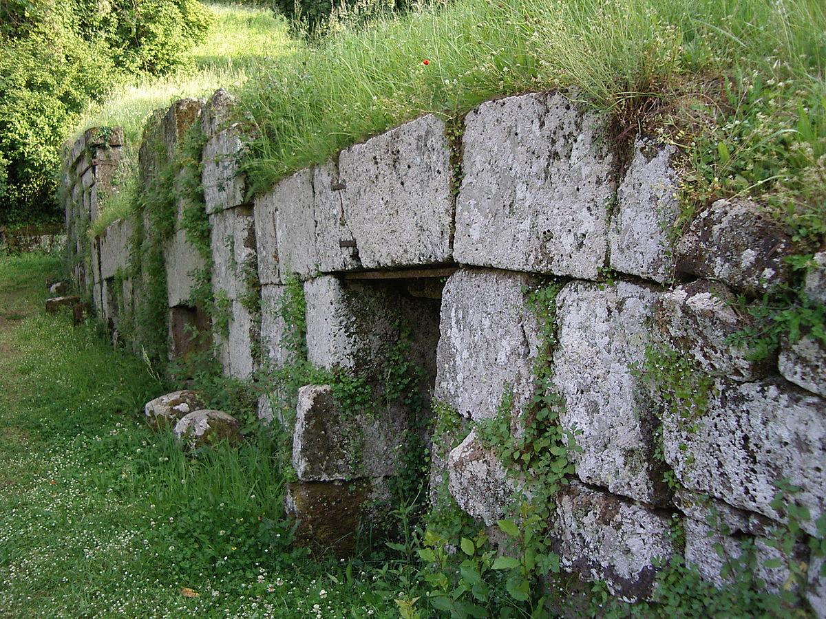 Necropoli del Crocifis...