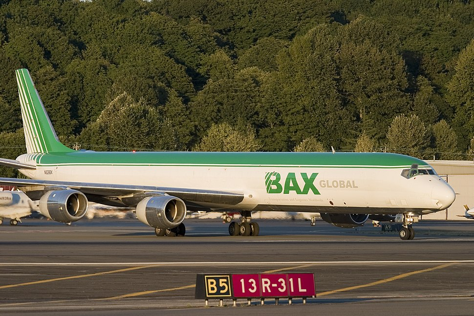 N829BX Taxiing at KBFI