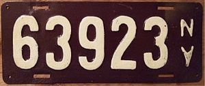 Vehicle registration plates of New York - Image: NEW YORK 1911 LICENSE PLATE SECOND GOV'T ISSUE embossed Flickr woody 1778a