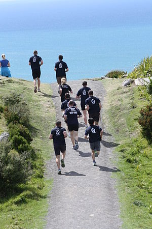 English: NZ Navy on a training run on Mauao (M...