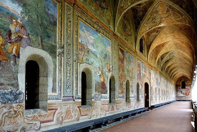 Fresque du cloitre de Santa Chiara à Naples. Photo de Velvet.