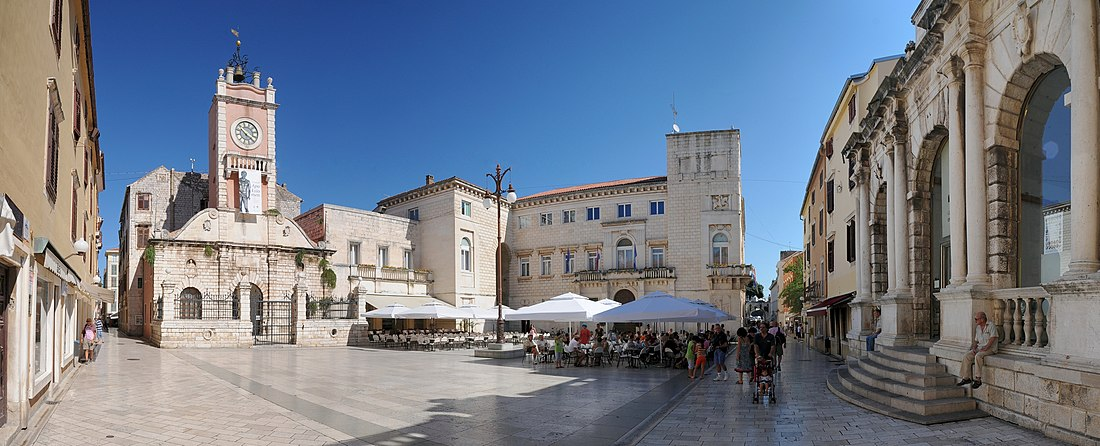 Nacia foirejo en Zadar