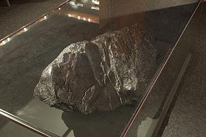 Graphite - Large graphite specimen. Naturalis Biodiversity Center