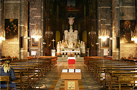 Nave - Church of Sacro Cuore e San Giacomo - Genoa 2014.JPG