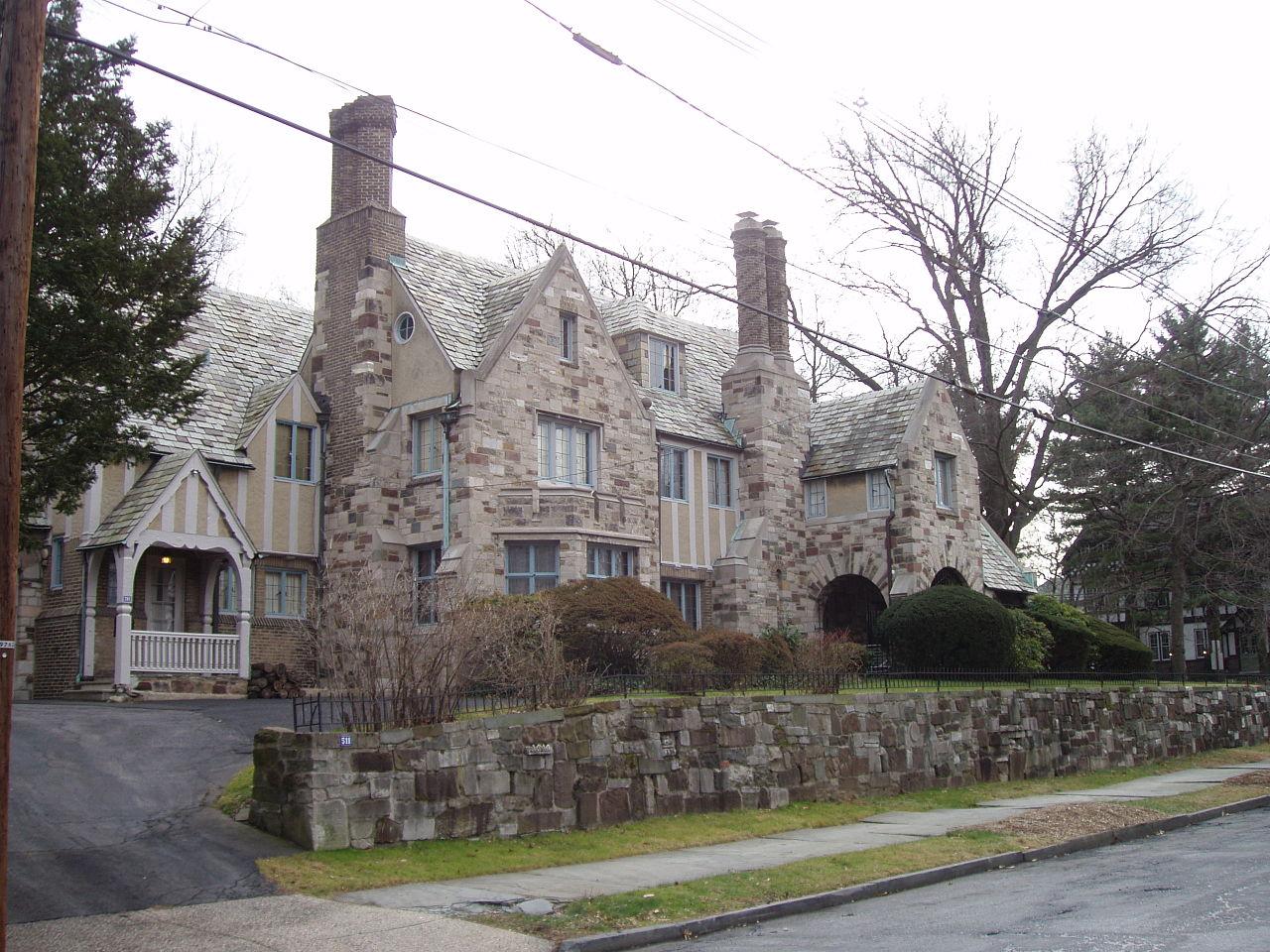 Bishop Ca Apartments