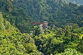Ngarai Sianok - panoramio.jpg