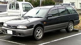 Nissan Avenir.JPG