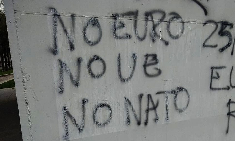 No Euro no UE no NATO graffiti in Turin