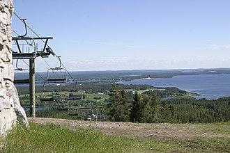 Vuokatti - Sapsojärvi and ski lifts.