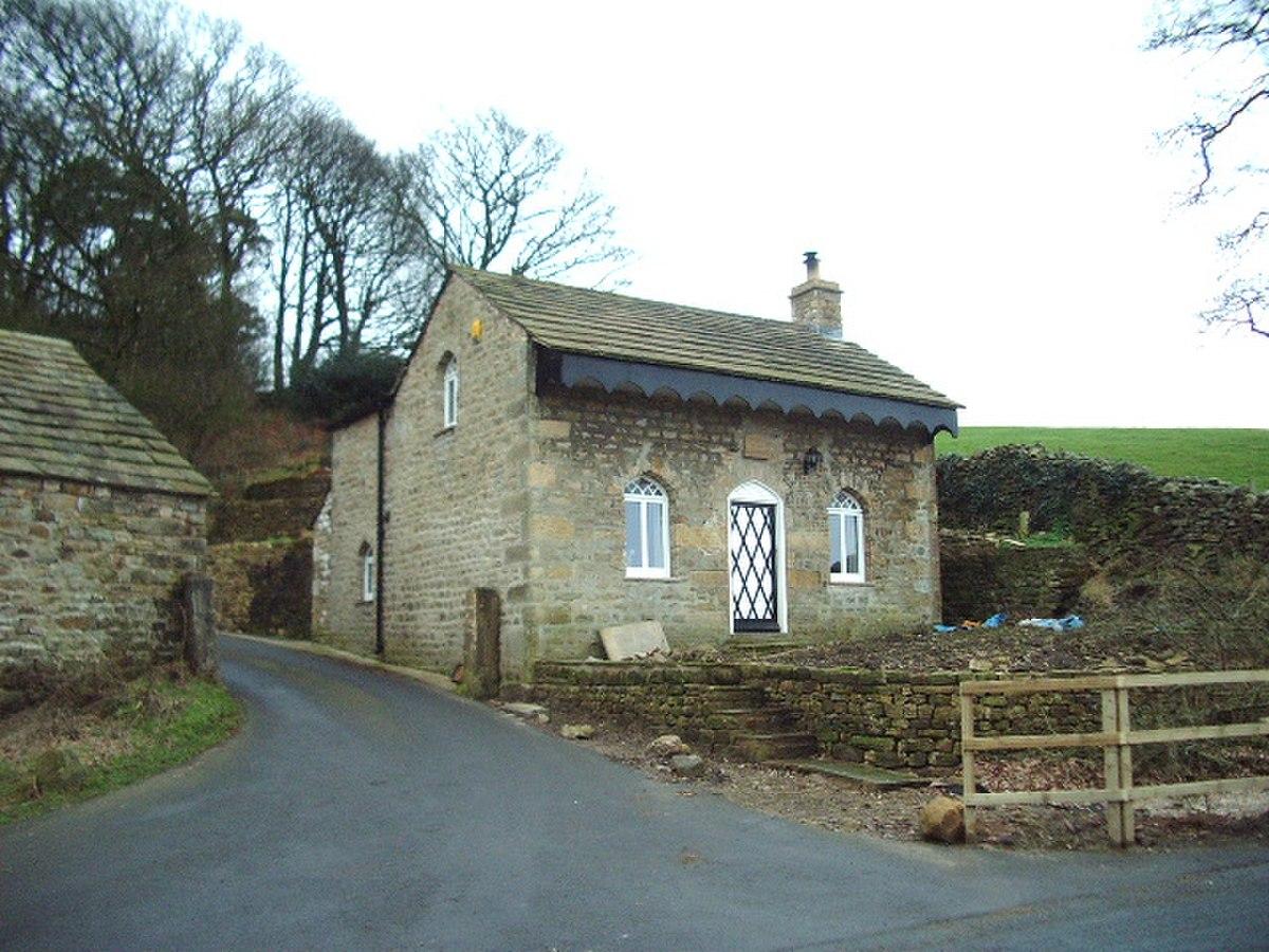 Oak Cottage, Caton - geograph.org.uk - 325781.jpg