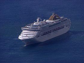 Oceana vor Funchal.jpg