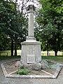 Osterweddingen Kriegerdenkmal.jpg