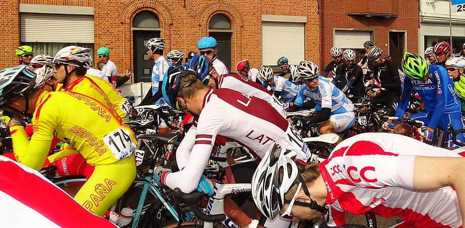 Oudenaarde - Ronde van Vlaanderen Beloften, 11 april 2015 (C27).JPG