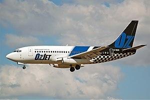 OzJet Boeing 737-200 CBR Gilbert.jpg