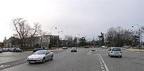 P1160218 Paris XVI place du M-de-Lattre-deTassigny rwk.jpg
