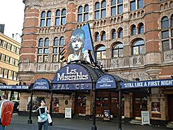 Les Misérables was shown at the Palace Theatre until April 2004