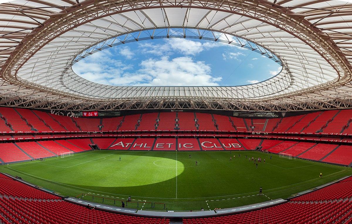Panorama im San Mamés Stadion.jpg